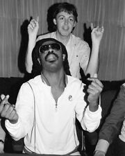 Paul Mccartney Stevie Wonder Candid 16X20 Canvas Giclee