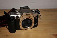 Macchina fotografica analogica Canon EOS 50 E