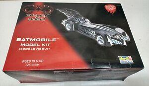 1997 Revell Batman & Robin  Batmobile 1.25 Model Kit build Started sold as parts