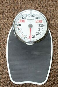 TAYLOR LARGE FACE PROFESSIONAL MECHANICAL BATHROOM SCALE CAPACITY 400 POUNDS