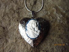 VIRGIN MARY AND BABY JESUS  CAMEO SILVER PLATED HEART LOCKET- EASTER - XMAS - BL