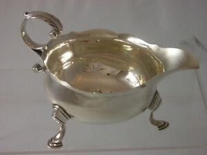 VERY NICE early rare George II 1749 Hennell London Silver Sauce Boat 122 grams