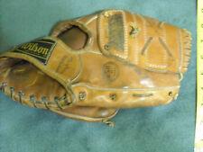 Rare Wilson A2220 Jackie Brandt Glove Mitt Baseball Grip-Tite Pat. No. 2231204