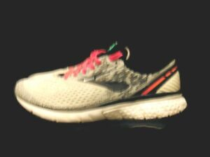 Brooks Sneakers White Gray Pink Black Ghost 11 Running Womens Size 9 1202771B192