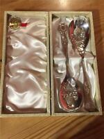 Vintage Viners EPNS Silver Plated Large Pair Salad Fruit Server Spoon and Fork