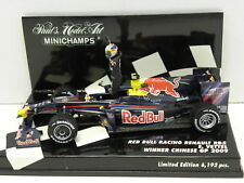 MINICHAMPS 400090115 Standmodell Red Bull Racing Renault RB5 Vettel 2009 M. 1:43