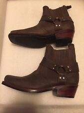 HANDMADE BOOTS, Accing Bootery since1971 Leather product manufacturers in Suan L