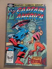 Captain America 267 . Mike Zeck / 1st App. Everyman . Marvel 1982 . FN