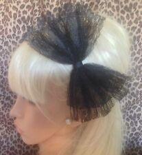 Gran Lazo De Encaje Negro Satinado Alice Hair Head Band 80s Retro Vestido de Disfraz de fiesta de gallina