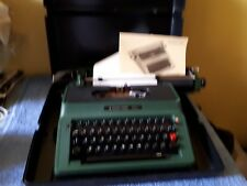 Vintage Silver Reed 500 green typewriter prop display - hard cased + instruction