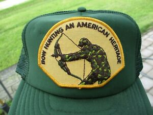 Vintage Bow Hunting Patch Snap Back Mesh Hat Hunting