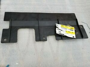 GENERAL MOTORS 15992836 Panels Fairings /& Deflectors