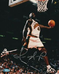 SHAWN KEMP Signed Seattle SUPERSONICS 8X10 PHOTO UPPER DECK AUTHENTICATED (UDA)
