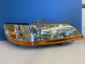 1999 2000 2001 2002 HONDA ACCORD PASSENGER FRONT RIGHT HEADLIGHT LAMP OEM