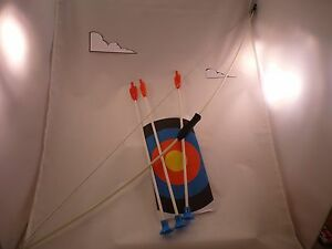 """JUNIOR ARCHERY SET 39"""" BOW WITH 3-8"""" ARROWS (RUBBER TIPS)  AND TARGET  #7351"""