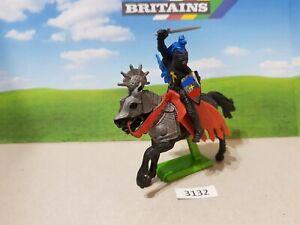 Britains Deetail Crusader Mounted Black Knight (lot 3132)