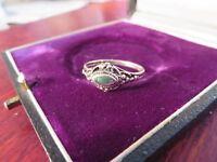 Schmaler 925 Silber Ring Verzierung Punkte Durchbrochen Machalit Sattgrün Leicht