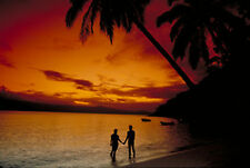 """Lovers on Beach Sunset Romantic Beach Canvas Picture 16""""X20"""" Evening Wall Print"""