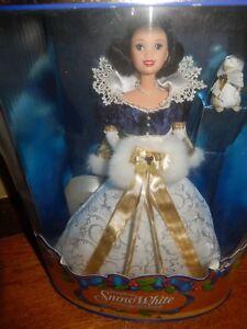 Snow White Holiday Princess