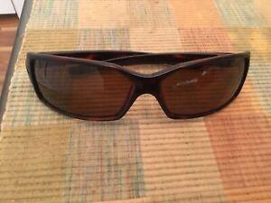 Bolle Sunglasses: Tortoise Frame / Bronze Polarized Lenses