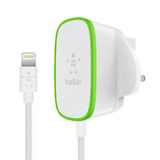 Belkin BOOST↑UP 2.4A Home Charger with Lightning Cable for iPhone. White / Green