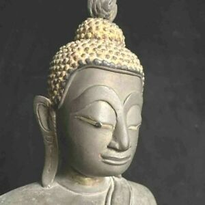 Very large antique Southeast Asian Cambodian or Lao(?) bronze Buddha 17th-18th c