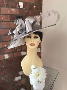 Snoxell & Gwyther Hat, Wedding Occasion, Formal Races Ivory/Taupe NWT