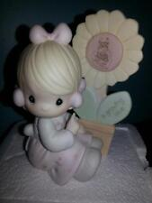 Precious Moments 1987 A Growing Love Collectible Decorative Statue Figures