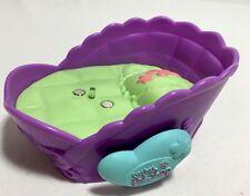 Littlest Pet Shop Magnetic Bed For Magic Motion Pets.