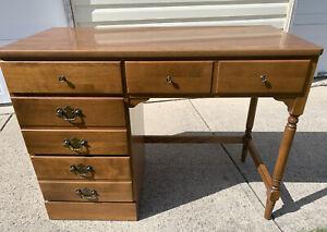 Ethan Allen Heirloom Desk Laminate Top Maple #10-4550 P #211 Nutmeg 3 Drawer