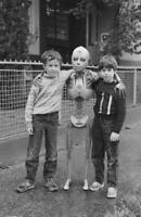 Vintage Next Generation Photo 675 Oddleys Strange & Bizarre