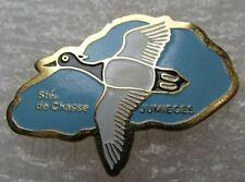 Pin's Société de Chasse Canard Sauvage Noir et Blanc JUMIEGES #A3