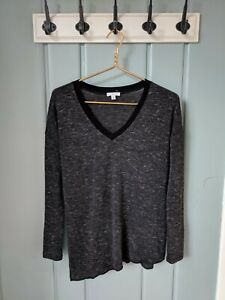 Aritzia Wilfred Womens XXS Sweater V Neck Gray Black Asymmetrical Heathered