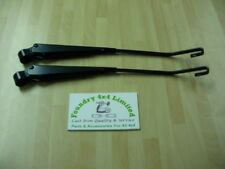 Land Rover Defender Windscreen Wiper Arms Pair  PRC4276