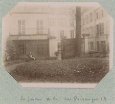 Paris 3e. Le jardin au 19 rue Béranger. Citrate 1896.