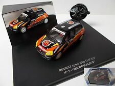 UNIVERSAL HOBBIES Renault Clio Cup Mc Donald's en boite vitrine