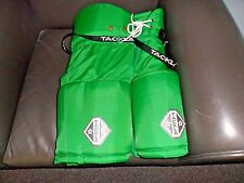 "Tackla 1000 Junior Hockey Pants - Height 55""-59"" Eu Size 140 - Color Kelly Green"