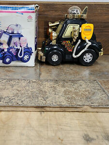 Vintage Battery Operated Robot Police Car Lights Spins  Kuang Wu Toys KW-2272
