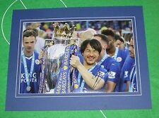 Shinji di Okazaki firmato & montato Leicester City 2016 Premier League titolo foto