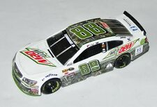 #88 Chevy NASCAR 2016 * Mountain Dew * alex bowman - 1:64 dale earnhardt jr. Car