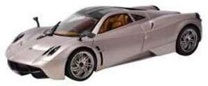1:18 PAGANI HUAYRA diecast model road car gold / grey MOTOR MAX 79160 GD / GY