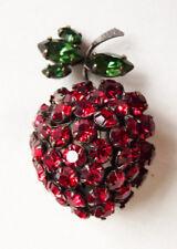 Broche en forme de fraise strass strawberry brooch