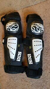 IXS Cleaver knee-shin pads