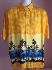 VTG Mens IDENTIC Yellow Multi Scenes Hawaiian Shortsleeve Shirt Size Large (31f)