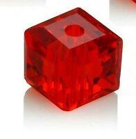 25 Glasperlen 4mm Würfel Siam Rot Tschechische Kristall Schmuckperlen BEST X70