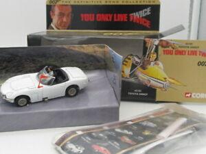 CORGI JAMES BOND 007 TOYOTA 2000GT 'YOU ONLY LIVE TWICE' 65102