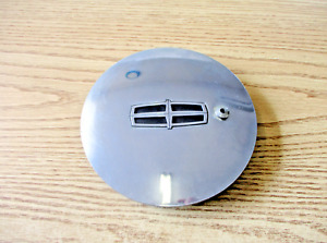 One 1996 1997 Lincoln Continental chrome wheel center cap hubcap blemished
