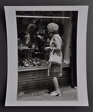 Leon Supraner New York Vintage Silver Gelatin Photo 20x25 Women Shoe Shop Window