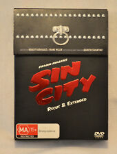 Sin City DVD Ultimate 2 Disc Special Limited Edition w/ Graphic Novel