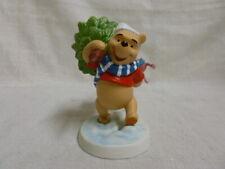 Walt Disney Winnie Pooh Friends Hanging on for the Holidays Figurine 4008056